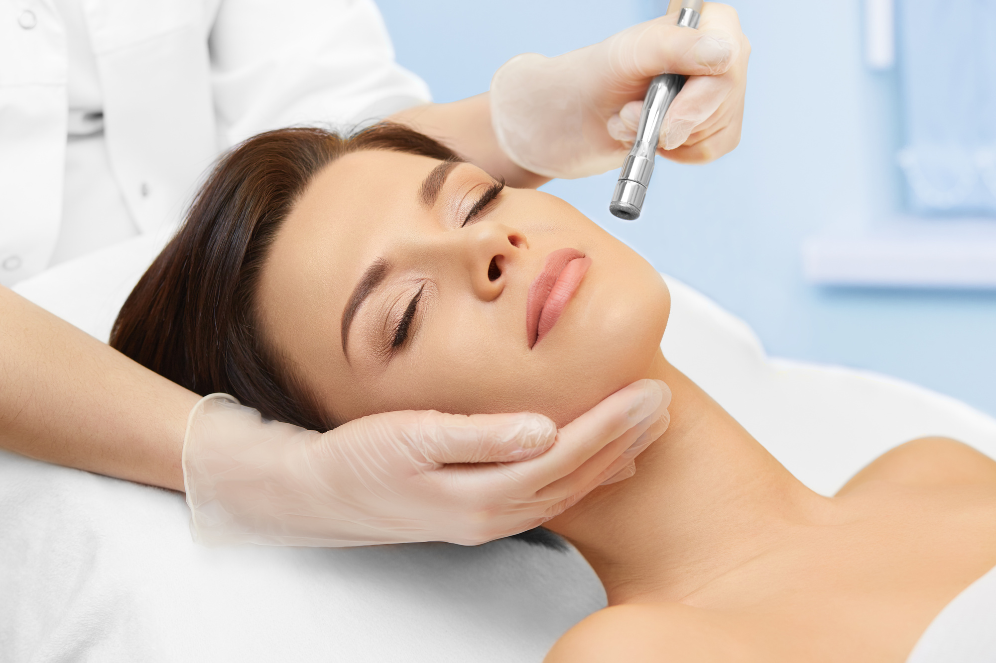 Nonsurgical treatments for achieving a younger-looking skin in the 21st-century